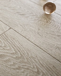 Parquet and wood-effect gres planks 3