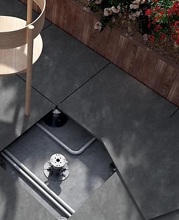 Grey gres tiles on the terrace – Opoczno Atakama 2.0 collection